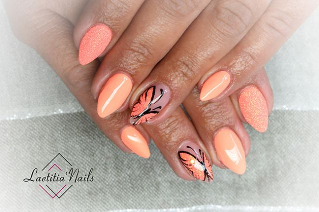 Laetitia' Nails - Butterfly monarch