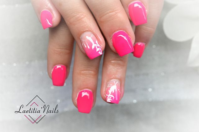 Laetitia' Nails - Cotton candy