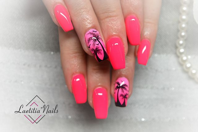 Laetitia' Nails - Life in pink