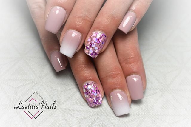 Laetitia' Nails - Milky party