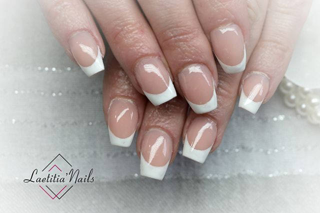 Laetitia' Nails - Perfect french