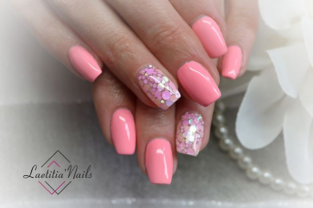 Laetitia' Nails - Pink champagne