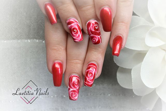 Laetitia' Nails - Red roses fields