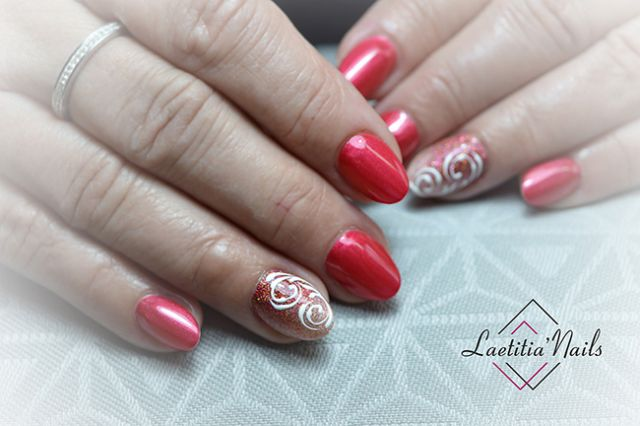 Laetitia' Nails - Red story