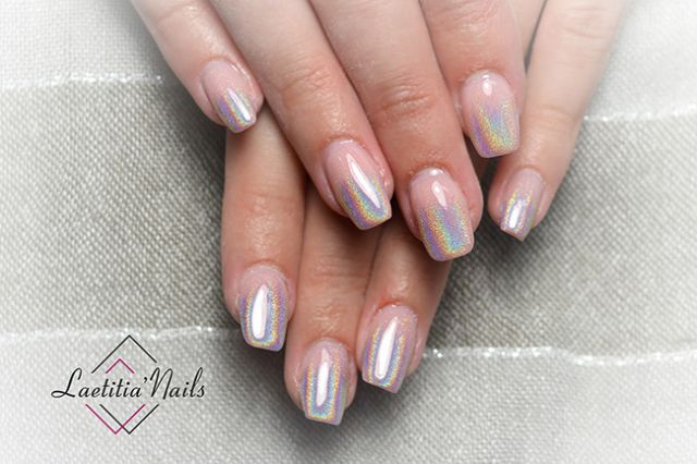 Laetitia' Nails - Refraction