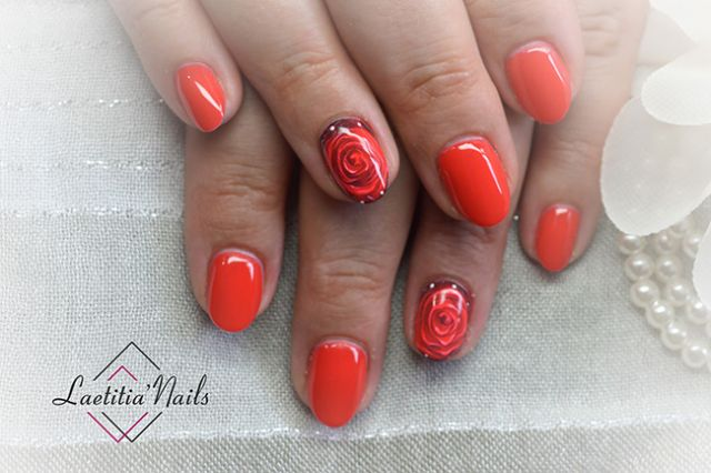 Laetitia' Nails - To paint the roses
